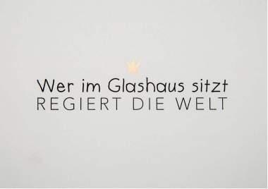 """Wortwitzkarte """"Wer im Glashaus..."""""""